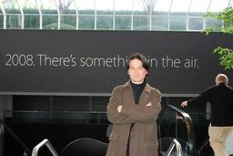 20080115-macworld-air.jpg